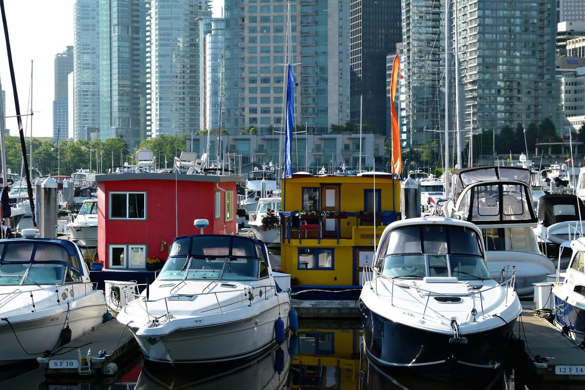 Rumpfformen von Hausbooten