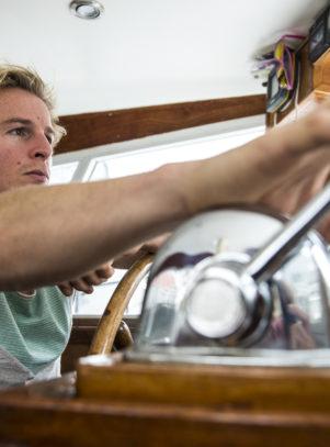 Das Hausboot von Daniel Roesner - Ein Einblick in ein Leben auf dem Wasser.