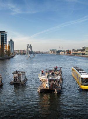 Kulturelle Entwicklungen und Geschäftsmodelle mit Floeßen auf den Berliner Gewässern.