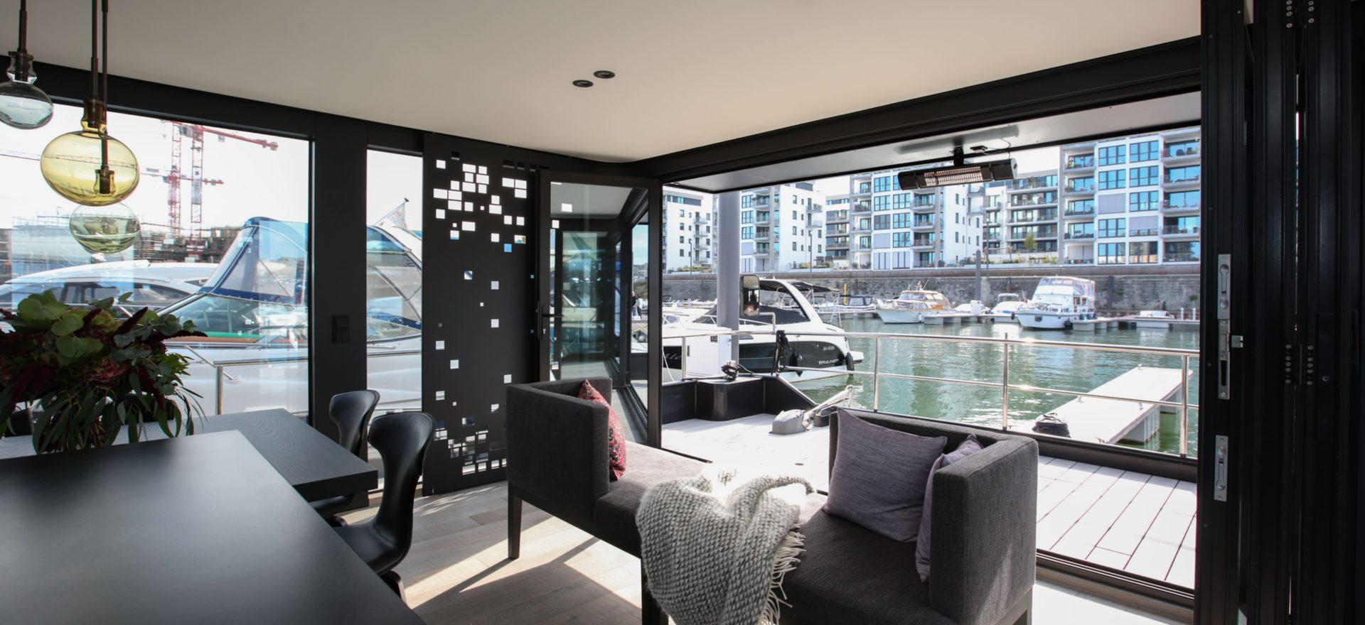 Wohnzimmer im Hausboot Traveller XL